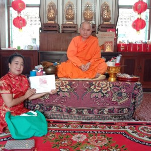 Baxter Brenton Offered NZ Snacks On Chinese New Year 2020 To Wat Bho Man, The Revered Chinese Temple in Bangkok